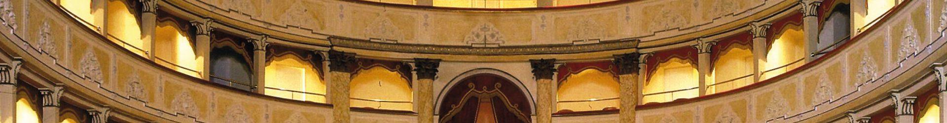 Tre Teatri storici a Firenze – Origini, esegesi, restauro